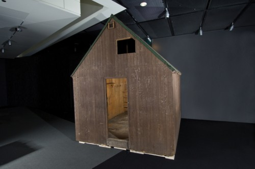 newsmuseum cabin.jpg