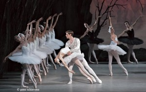 "Oxana Skorik & Vladimir Schklyarov in ""Swan Lake"""