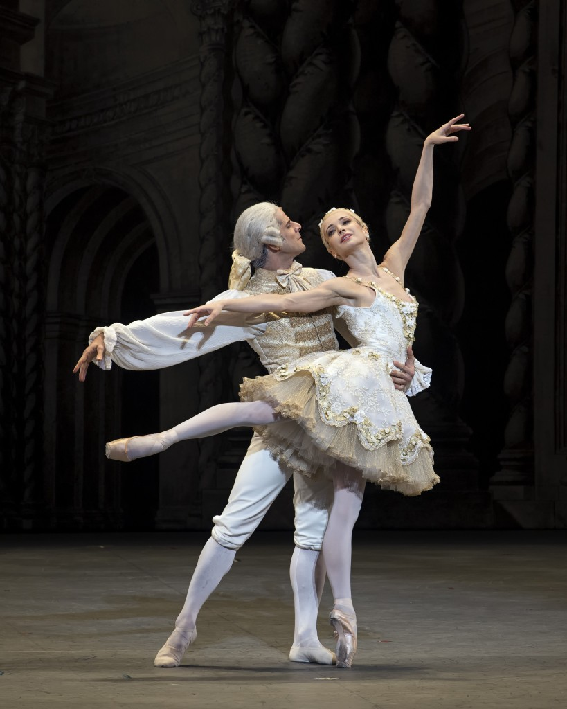 Diana Vishneva (Princess Aurora) and Marcelo Gomes (Prince DŽsirŽ) in Alexei Ratmansky's The Sleeping Beauty.  Photo: Gene Schiavone.