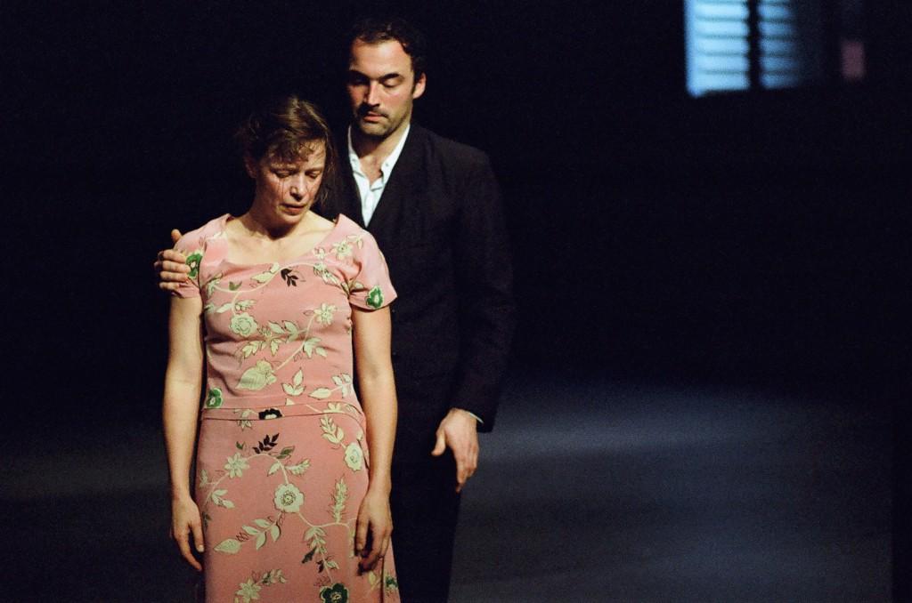 Anne Teresa de Keersmaeker's Verklärte Nacht (2013) with Samantha van Wissen and Bostjan Antoncic. Photo: Anne Van Aerschot