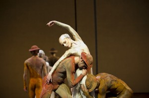 Gloria (Royal Ballet) Photo: Bill Cooper