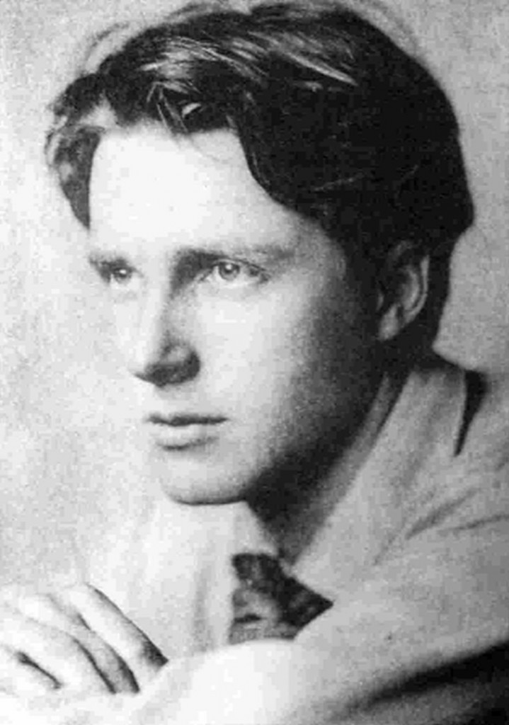 'Peace' by Rupert Brooke and 'War photographer' by Carol Ann Duffy Essay Sample