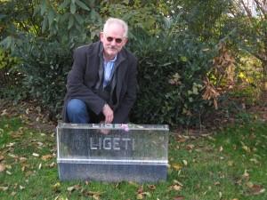 KGatLigetis-tomb
