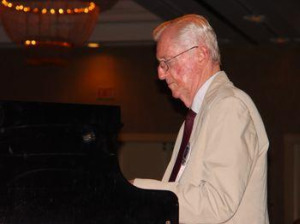 Eddie Higgins at piano.jpg